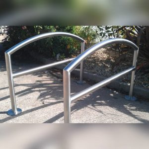 Kent's Arc Cycle Stand