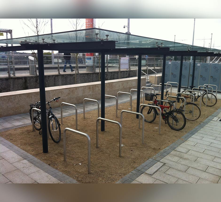 stainless-steel-dundrum-cycle-shelter-main-image-KDCS-7
