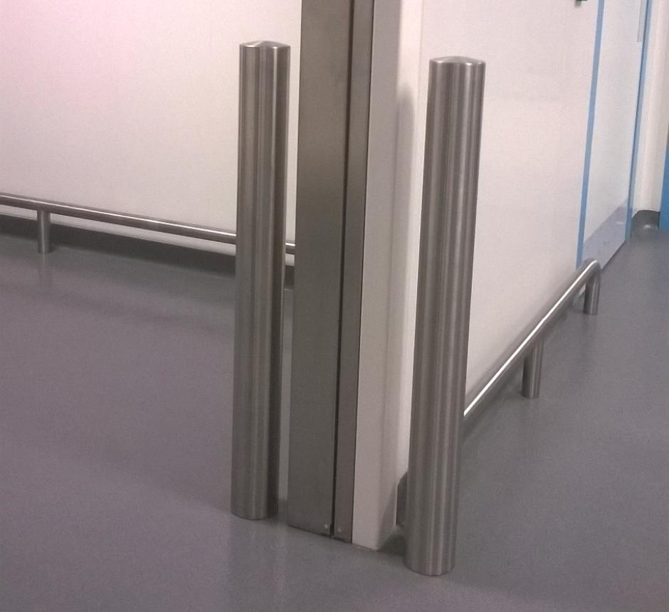 stainless-steel-internal-steel-bollard (1)