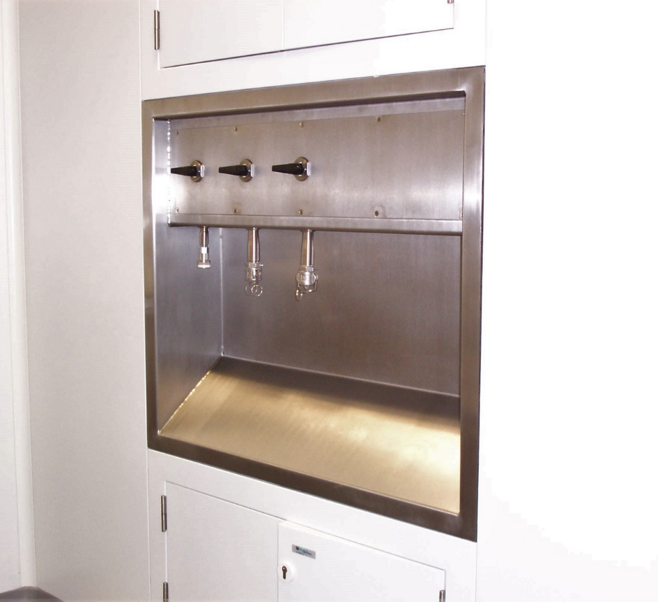stainless-steel-recessed-utility-station (2)