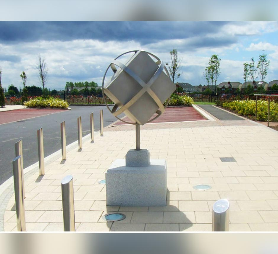 Kents custom made stainless steel cube sculpture in Dublin.